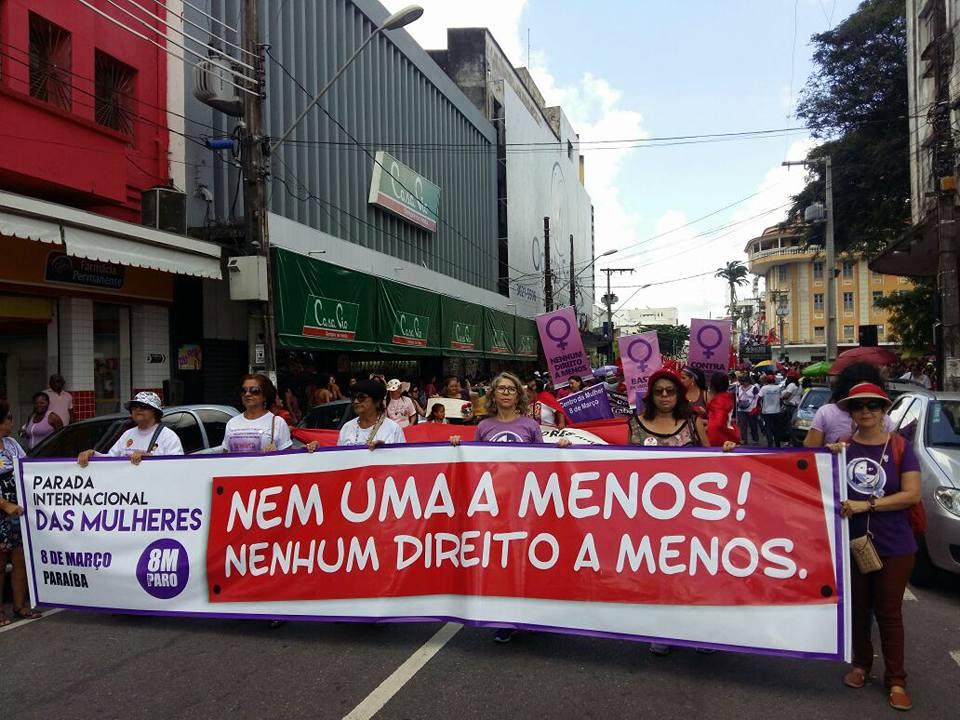 Paraibanas vão às ruas no 8 de Março por democracia e direitos