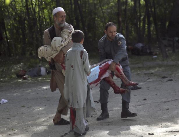 Atentados em Cabul matam 25 pessoas