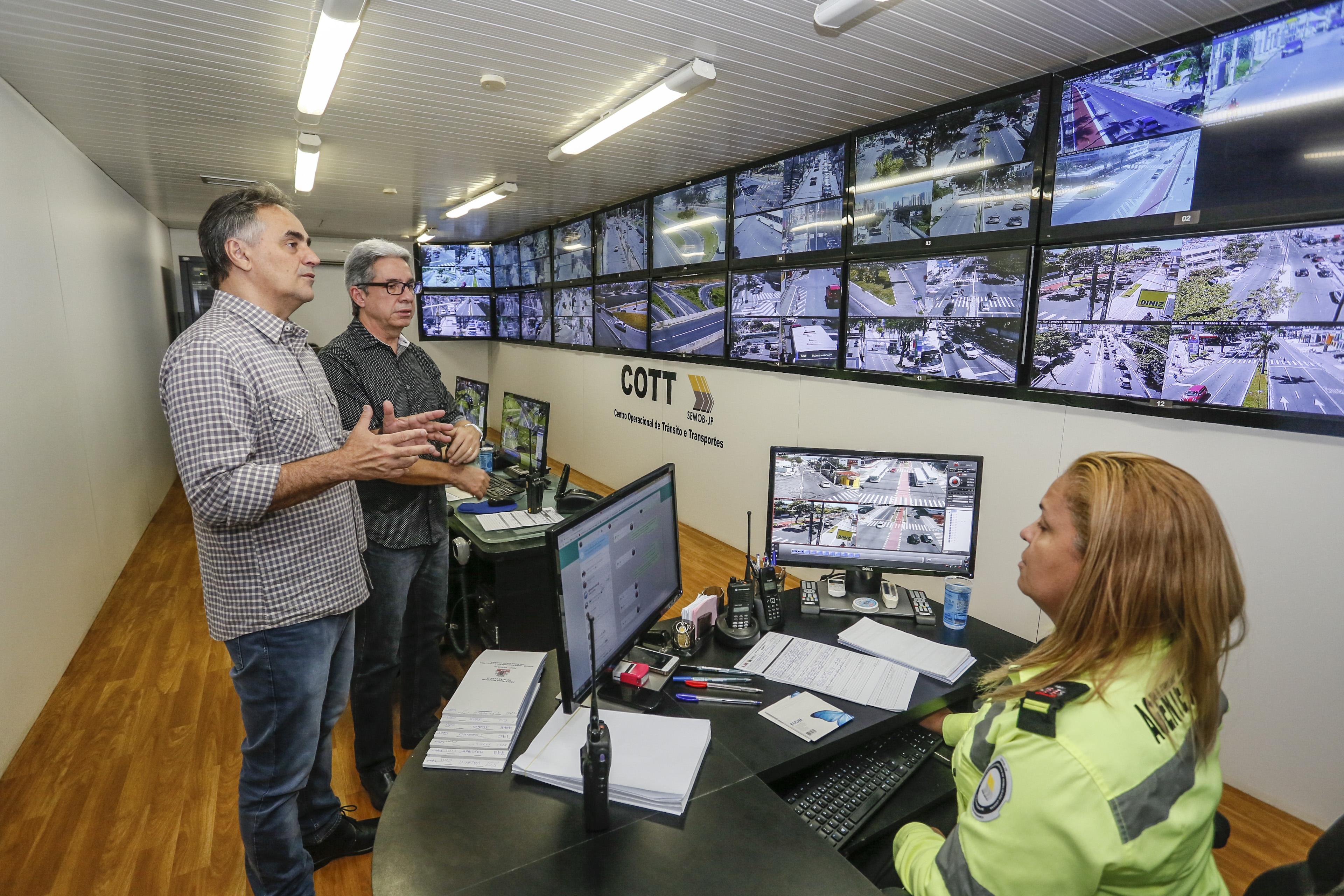 Prefeito destaca trabalho realizado pela Semob durante greve dos caminhoneiros