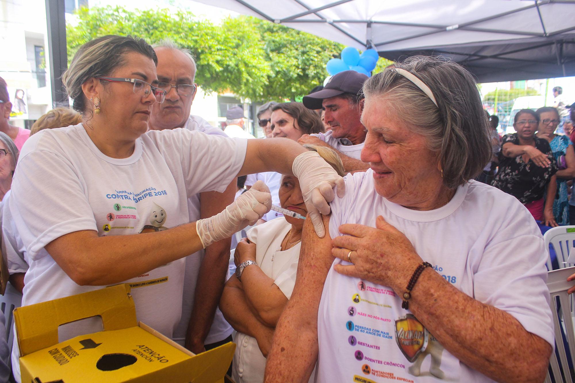 Paraíba vacina 45,02% do público-alvo contra a gripe