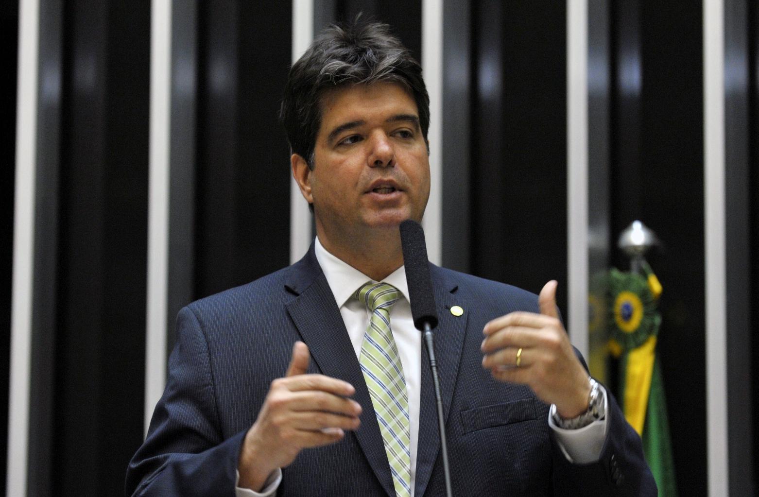"""Ruy Carneiro: """"Redução imediata de impostos é uma exigência da sociedade"""""""