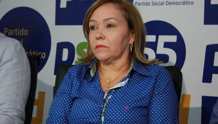 Eva Gouveia diz que decisão de Raíssa e Zé Lacerda não é partidária