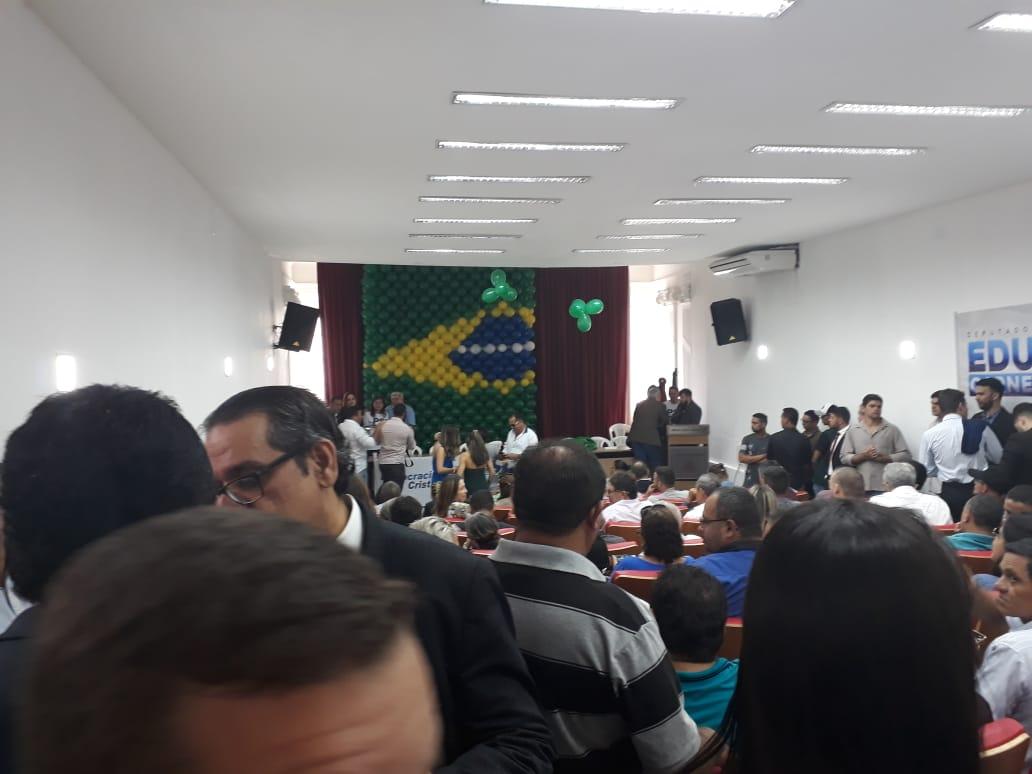 Em Convenção, PRTB, PSL e DC firmam coligações e fecham apoio a Lucélio
