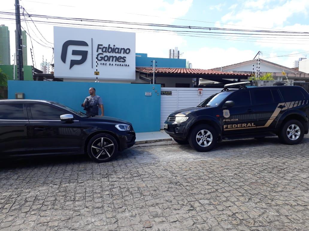 Nova fase da Operação Xeque-Mate cumpre mandado em empresa de Fabiano Gomes
