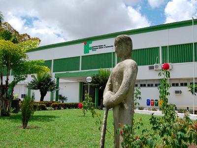 IFPB seleciona profissionais e estudantes com remuneração de até R$ 3 mil