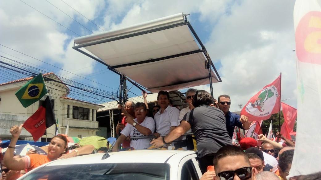"""Haddad diz que Bolsonaro tem """"capangas"""" e elogia Ricardo: """"Pode assumir qualquer ministério"""""""