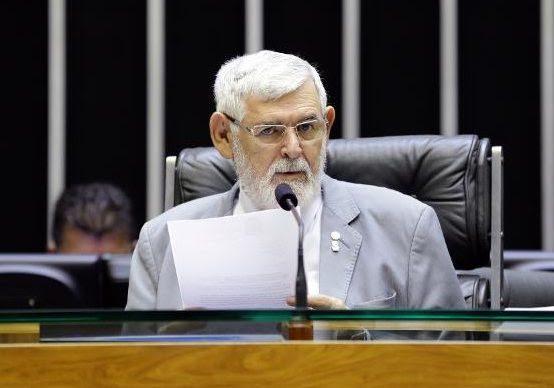 Audiência proposta por Luiz Couto avalia crimes causados por intolerância política