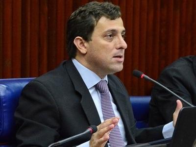 Gervásio diz que PSB vai lutar para derrubar decreto de Bolsonaro sobre indicação de reitores