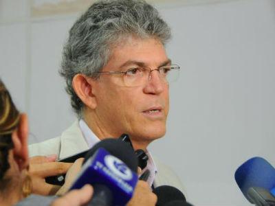 Estela defende que Ricardo Coutinho assuma presidência do PSB da Paraíba