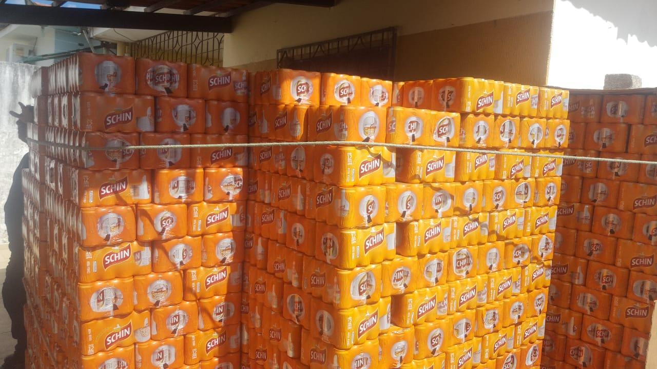 Polícia recupera em PE carga de bebidas desviada por caminhoneiro após ele prestar queixa de roubo