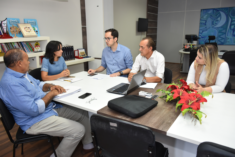 CMJP propõe parceria à Sedec para fornecer conteúdo educativo da TV Câmara