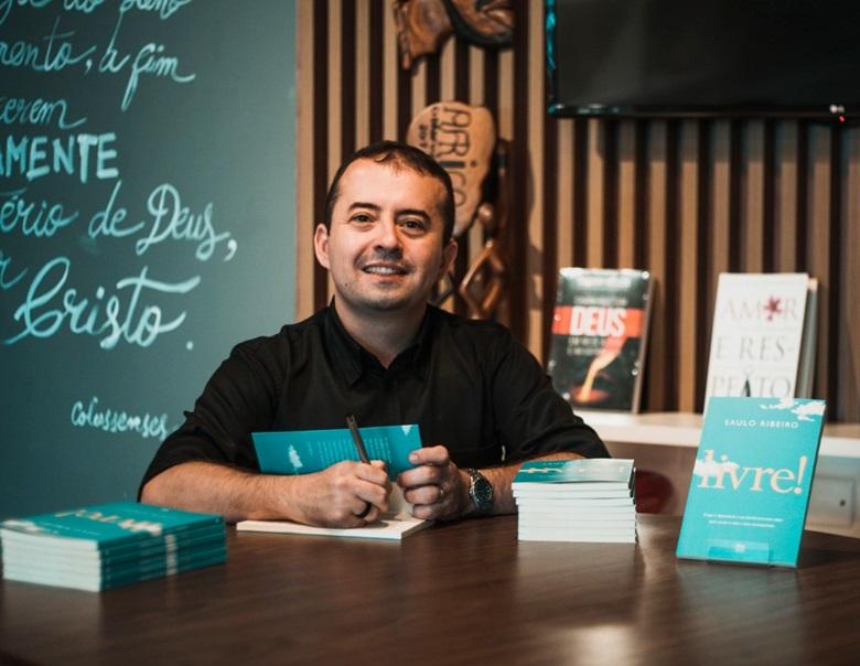 Livro que será lançado na Cidade Viva aborda saídas para usuários de drogas