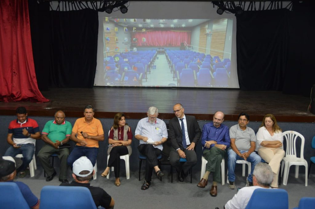 Secretaria da Agricultura discute potencialidades da Zona da Mata Norte com associações