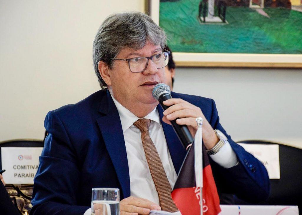 João Azevêdo inaugura obras no Sertão e autoriza adutora de Cajazeiras nesta quarta