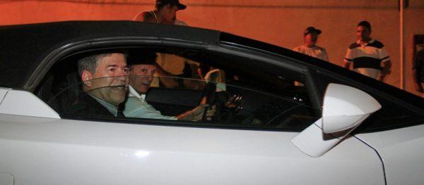 A prisão de Roberto Santiago: entre vaias e aplausos