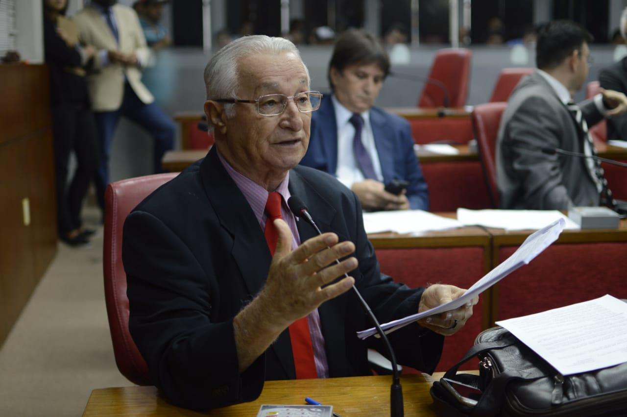 Câmara Federal discute jornada de trabalho da enfermagem a pedido de Anastácio