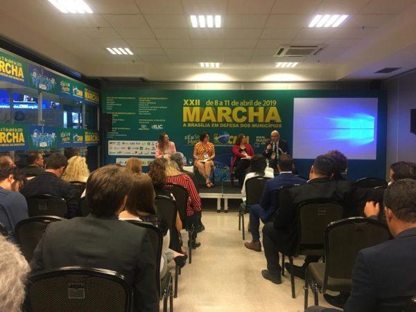 Márcia Lucena destaca na Marcha dos Prefeitos ações de acolhimento a venezuelanos em Conde