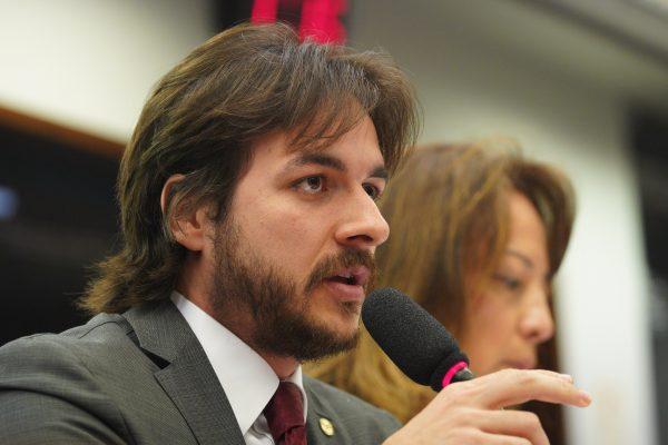 Câmara Federal desarquiva PEC de paraibano que reduz número de parlamentares