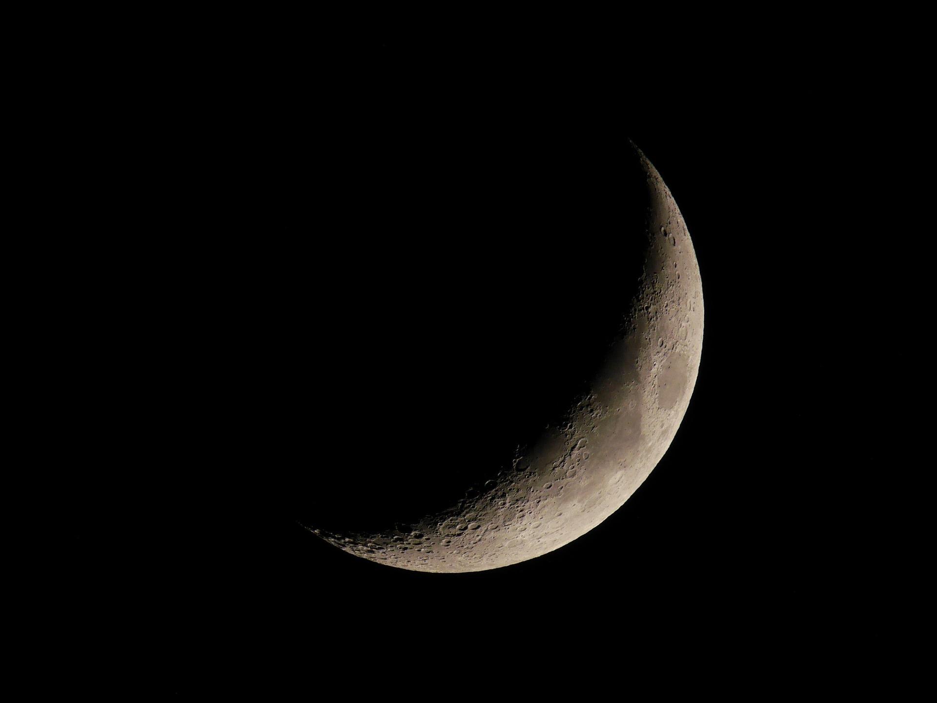 Lua Crescente pode ser observada neste domingo na Estação Cabo Branco