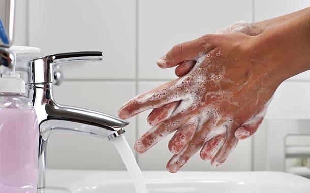Hospital Edson Ramalho realiza campanha sobre higienização das mãos