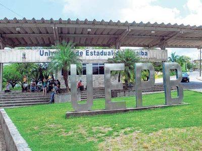 Professores da UEPB paralisam atividades nesta 4ª e fazem ato em frente ao Palácio