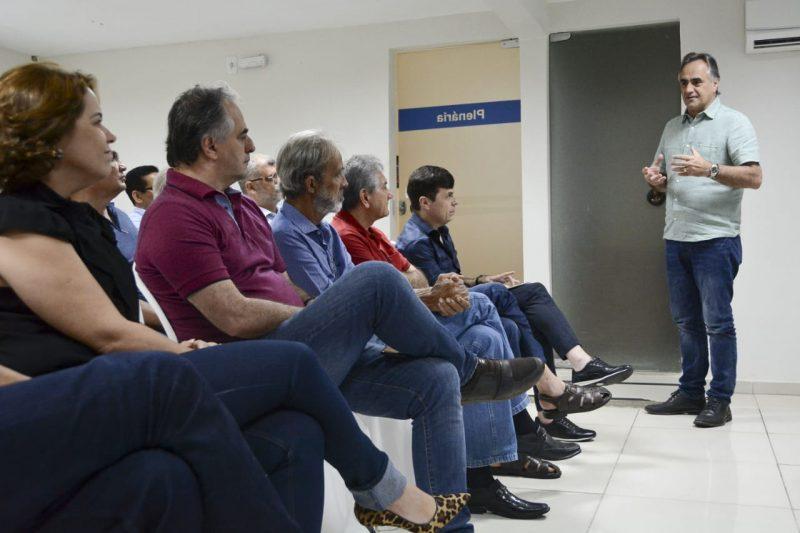 Cartaxo apresenta a administradores projeto do Parque Ecológico Sanhauá