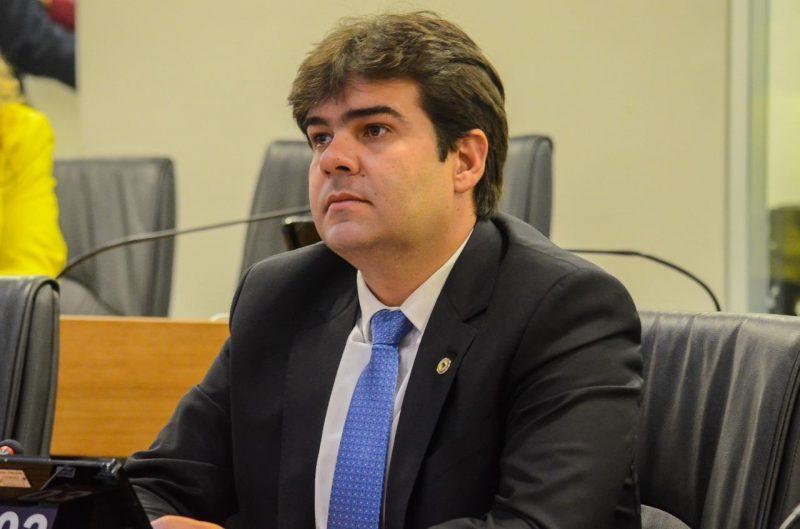 Eduardo lamenta veto a projeto que proibia contratação de ficha-suja para cargos comissionados