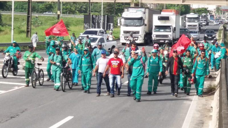 Paralisações e protestos afetam serviços bancários, comércio e transporte na Capital paraibana