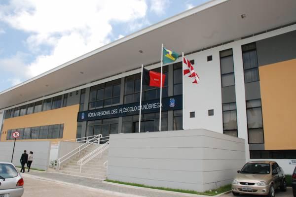 OAB-PB diz que segurança de fórum teve comportamento despreparado ao barrar advogada grávida