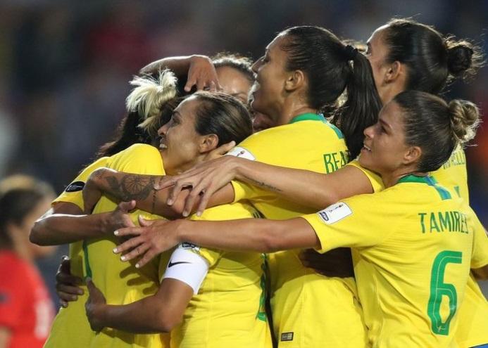 Fifa e ONU Mulheres divulgam futebol feminino e igualdade de gênero na Copa do Mundo