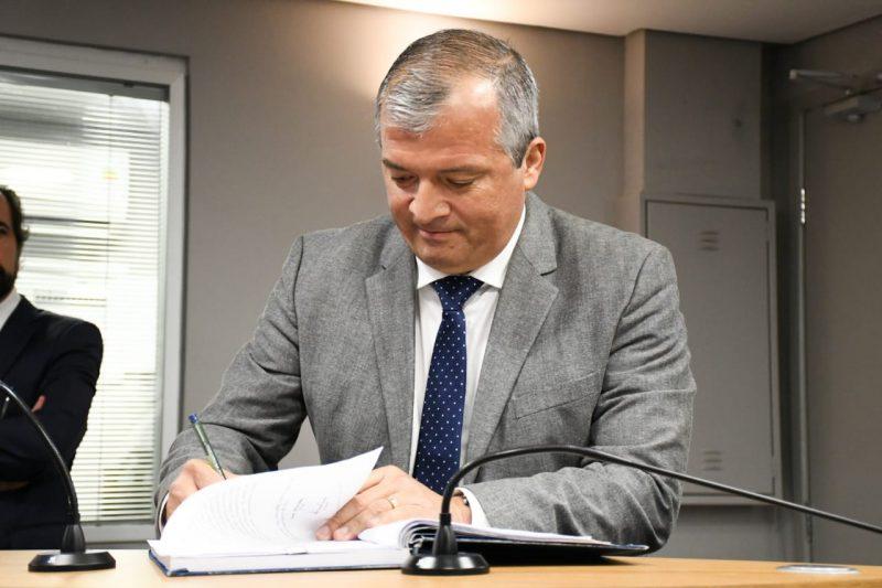 Trócolli Júnior assume titularidade do mandato na Assembleia
