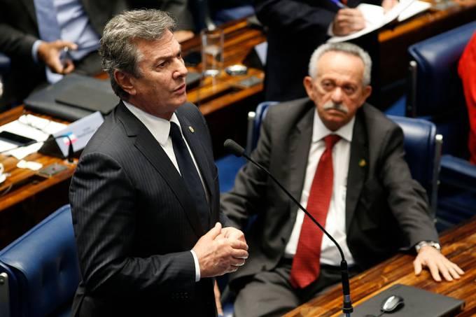 Justiça cancela concessão de rádios e TV ligados a Collor em Alagoas