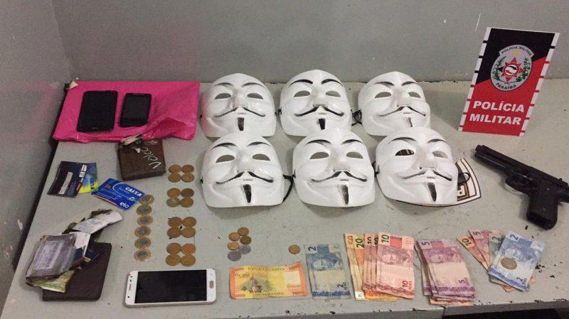 PM apreende adolescentes que usavam máscaras durante assaltos em Santa Rita