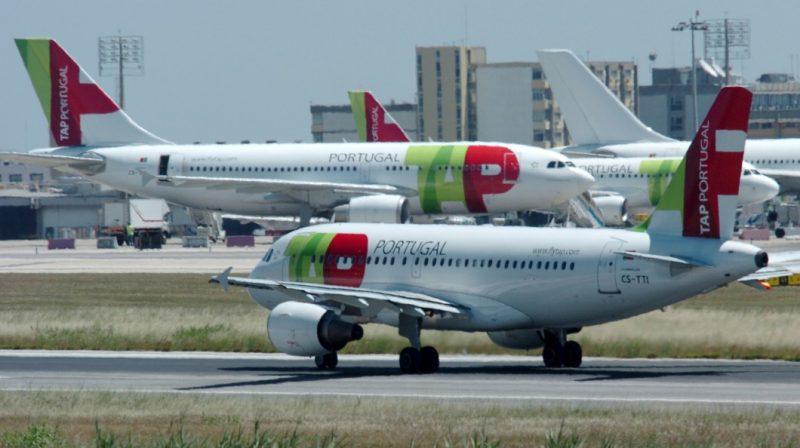 Empresa aérea deve pagar indenização de R$ 12 mil por má prestação de serviço