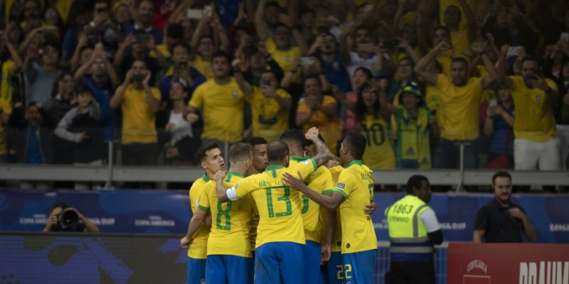 Brasil é campeão da Copa América em casa, após vencer Peru por 3 a 1