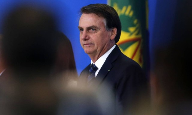 'Brasil é virgem que todo tarado de fora quer', diz Bolsonaro