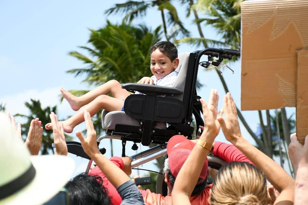 Cida participa de 'Abraço Solidário' e diz que atos de discriminação contra deficientes serão judicializados