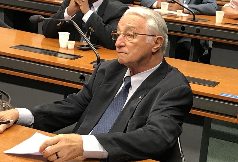 Anastácio retarda votação de projetos do Governo para despejar assentados da reforma agrária