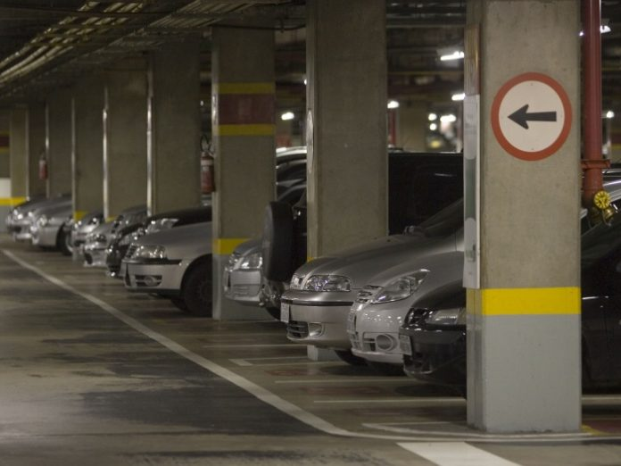 Manaíra, Mangabeira e Tambiá Shopping deixam de cobrar estacionamento de clientes