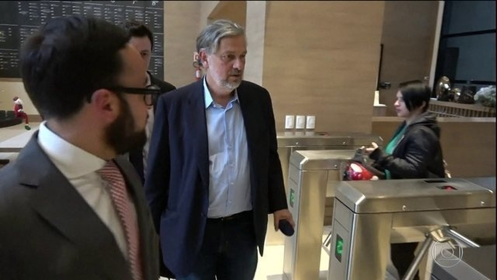 Justiça autoriza Antônio Palocci a passar para o regime aberto