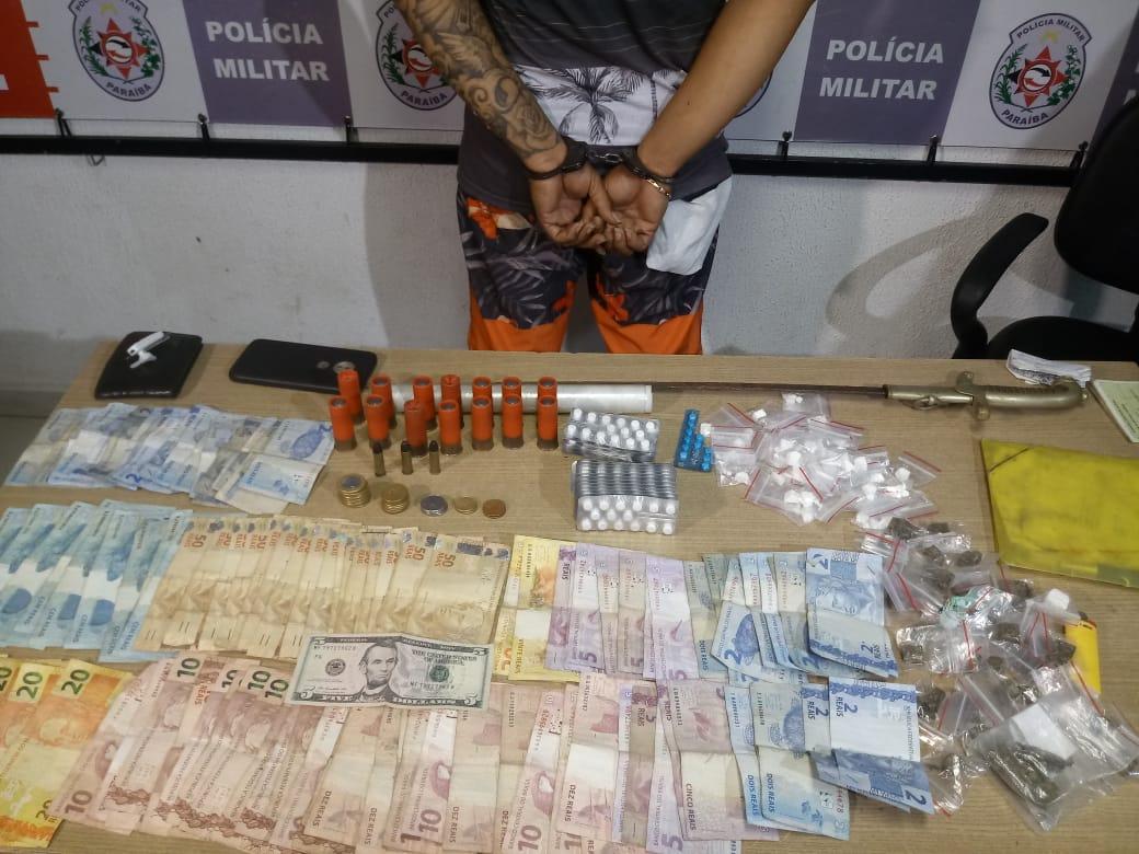 Polícia prende suspeito de tráfico de drogas durante ação no Mercado Central de JP