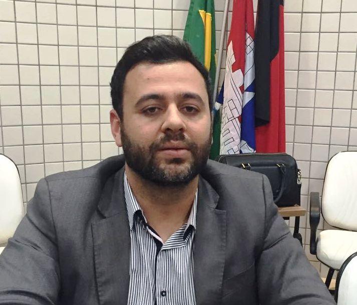 MP ajuíza ação de improbidade contra Lucas Santino, ex-presidente da Câmara de Cabedelo