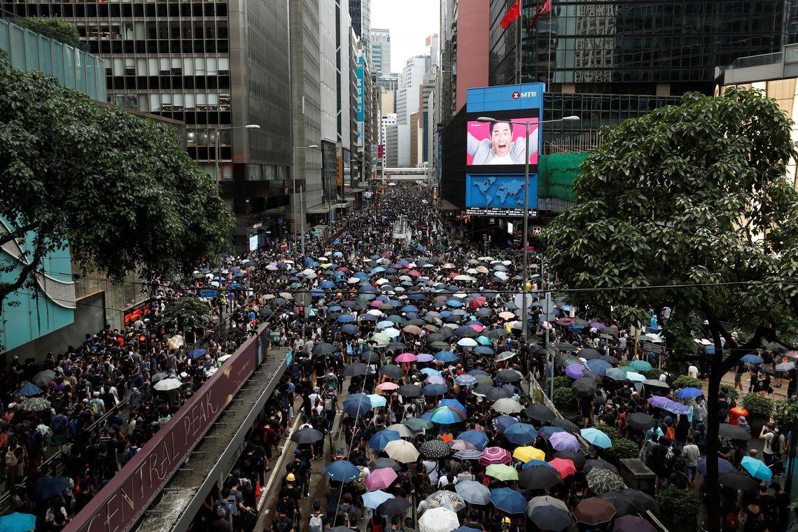 Protestos continuam em Hong Kong