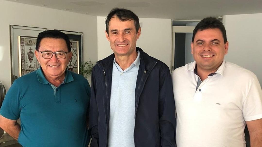 Romero trata com Drº Sobrinho da convenção do PSD em Alagoa Grande