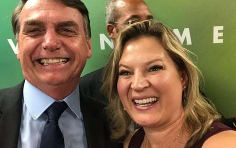 Ex-líder Joice Hasselmann, na verdade, ameaça Jair Bolsonaro de impeachment