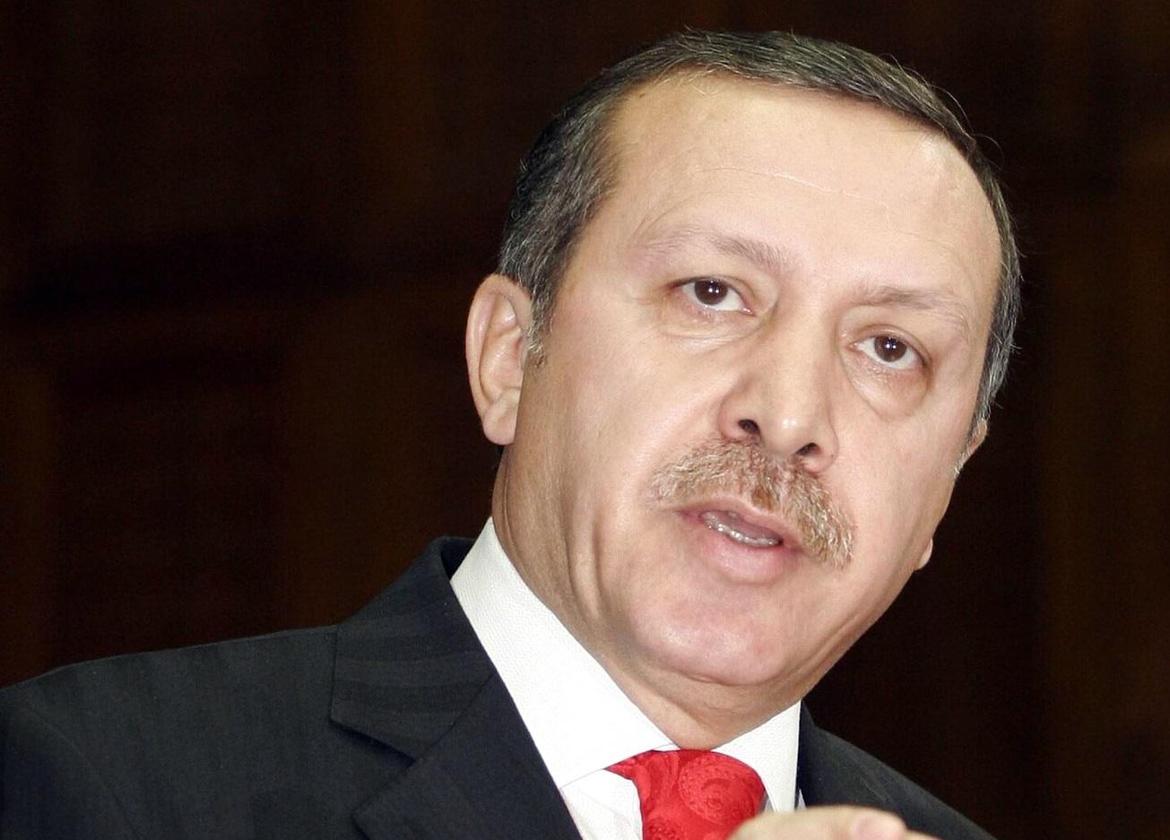 Erdogan insiste em estabelecer zona segura na fronteira síria