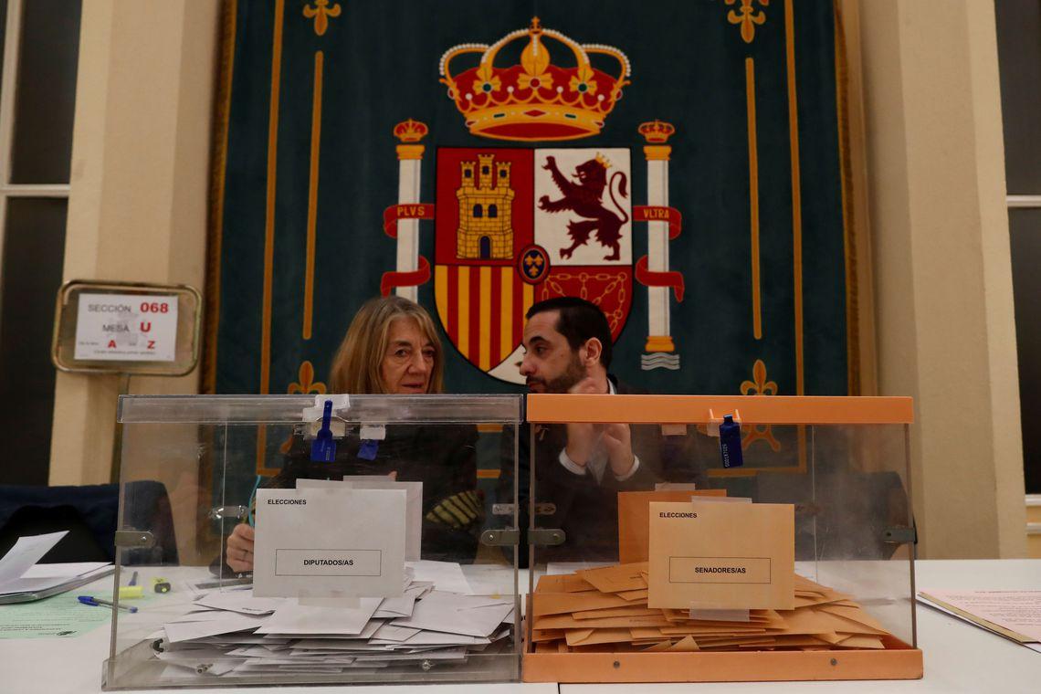 Espanhóis voltam às urnas para eleger deputados e senadores