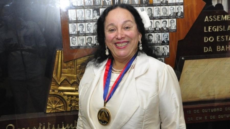 PF apreende R$ 100 mil e joias em casa de desembargadora presa na Bahia